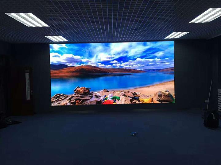 泰州P1.25小间距LED全彩显示屏