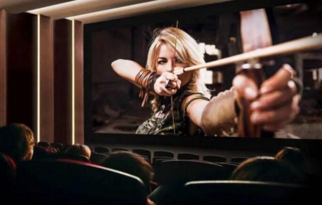 巨型LED屏幕在电影院的应用